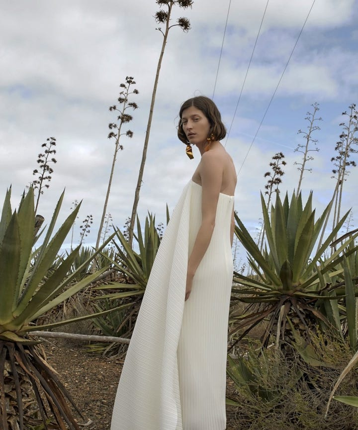 Beach Wedding Dresses For Every Type Of Bride In 2019
