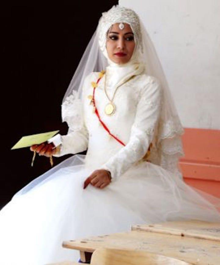Traditionelle Hochzeiten & Brautkleider aus aller Welt