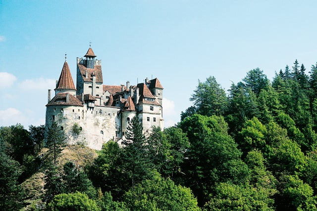 Home Count Draculas Castle Is Up For Sale Now You Can Live Like A - Live-bran-castle-pictures
