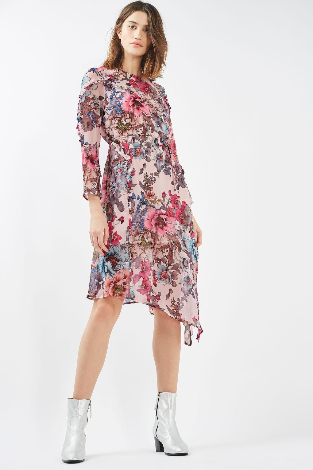 66ed2e692cb Floral Embroidered Mini Dress Forever 21 - Gomes Weine AG
