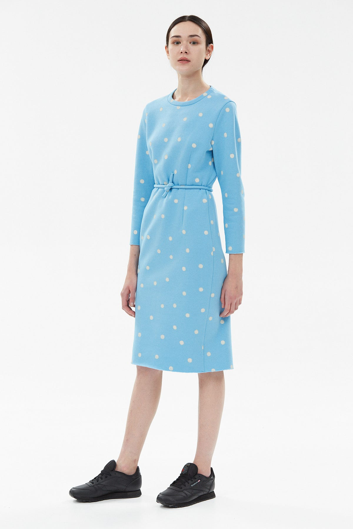 9561544bd433 Cute Ways To Wear The Polka Dot Trend Winter 2018