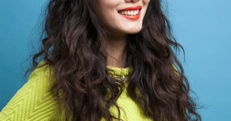 How To Grow Out Your Hair In The Summer & Not Be Miserable