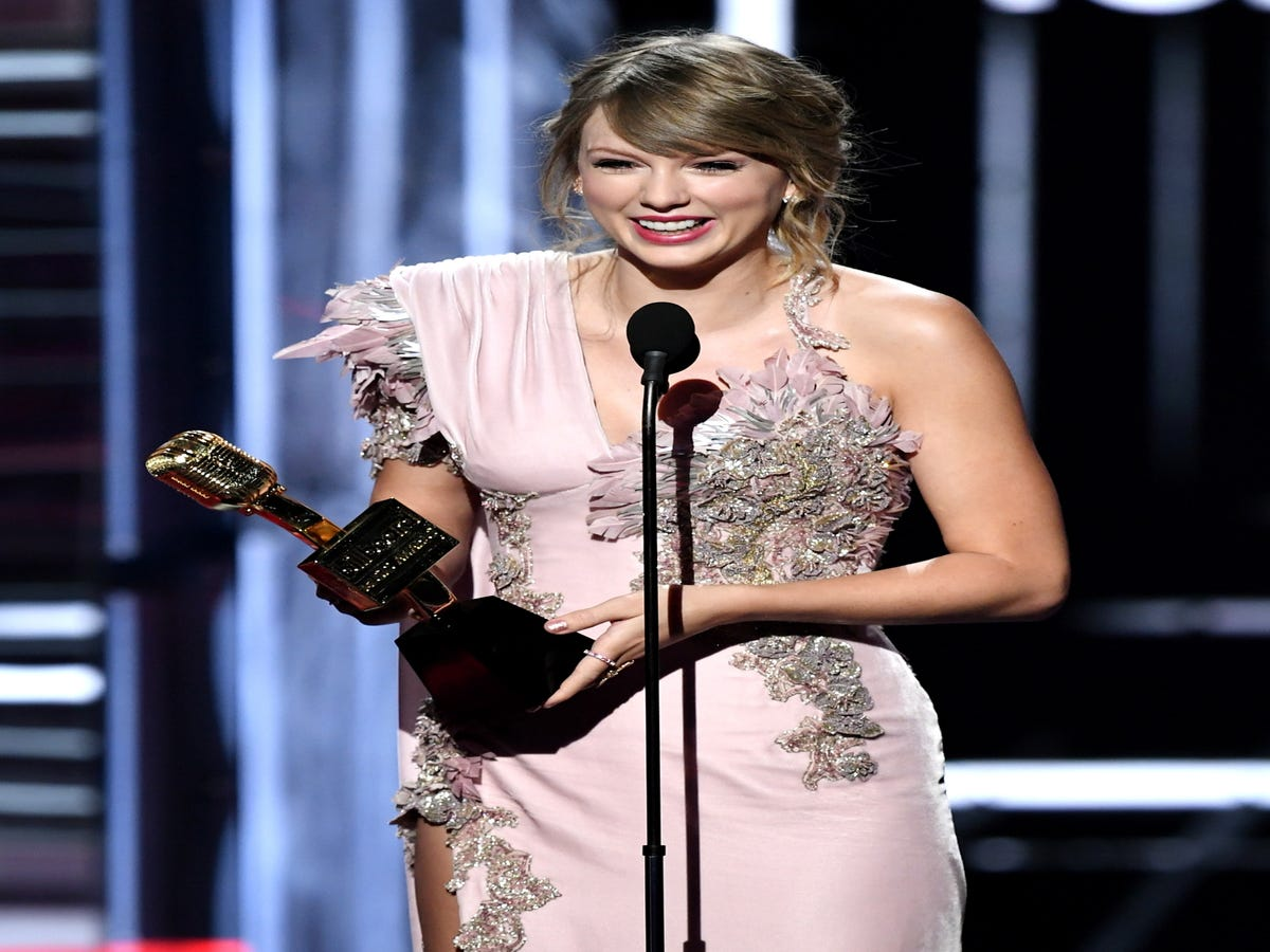 The Billboard Awards Celebrated Women. The Problem Is, They Won t Make History.