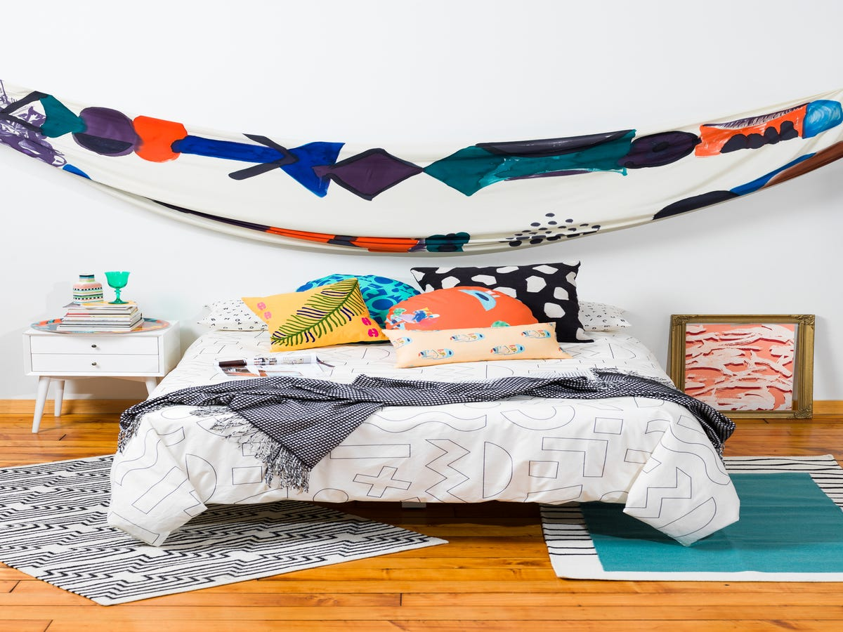 11 Creative Décor Solutions For Temporary Living Spaces