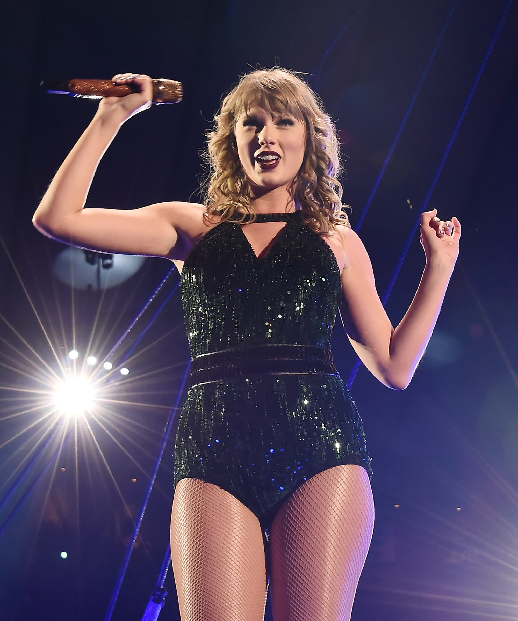 Taylor Swift Threw A New Years Eve Costume Party