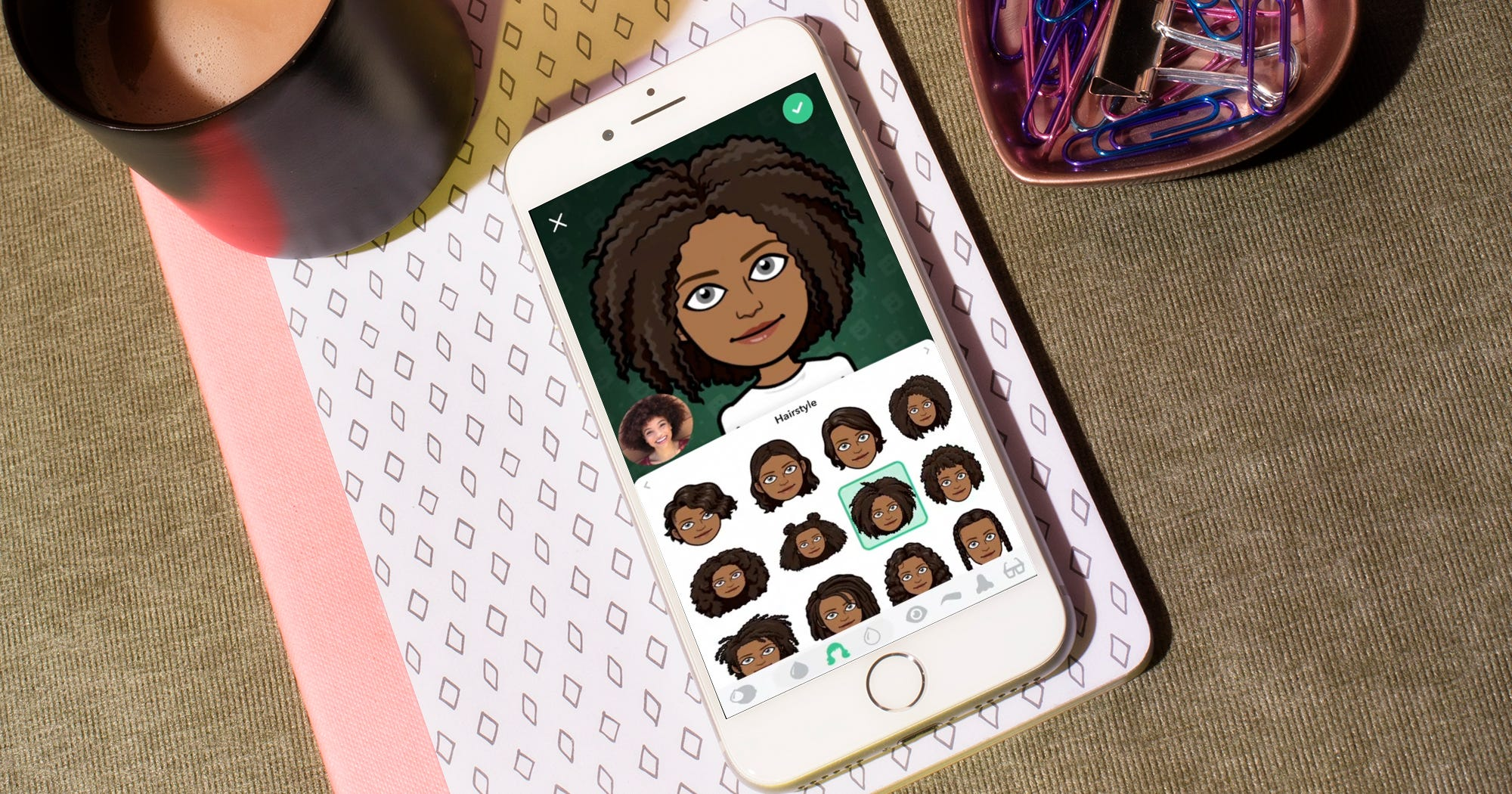 How To Use Bitmoji Deluxe Skin Tone Hair Color Options