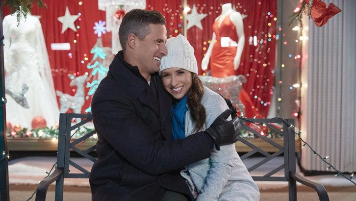 Christmas Everlasting Cast.Best Hallmark Christmas Movies 2018 By Personality Type