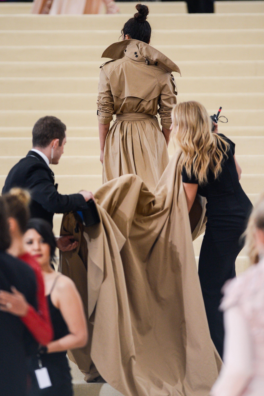 Priyanka Chopra Ralph Lauren Trench Dress Met 2017