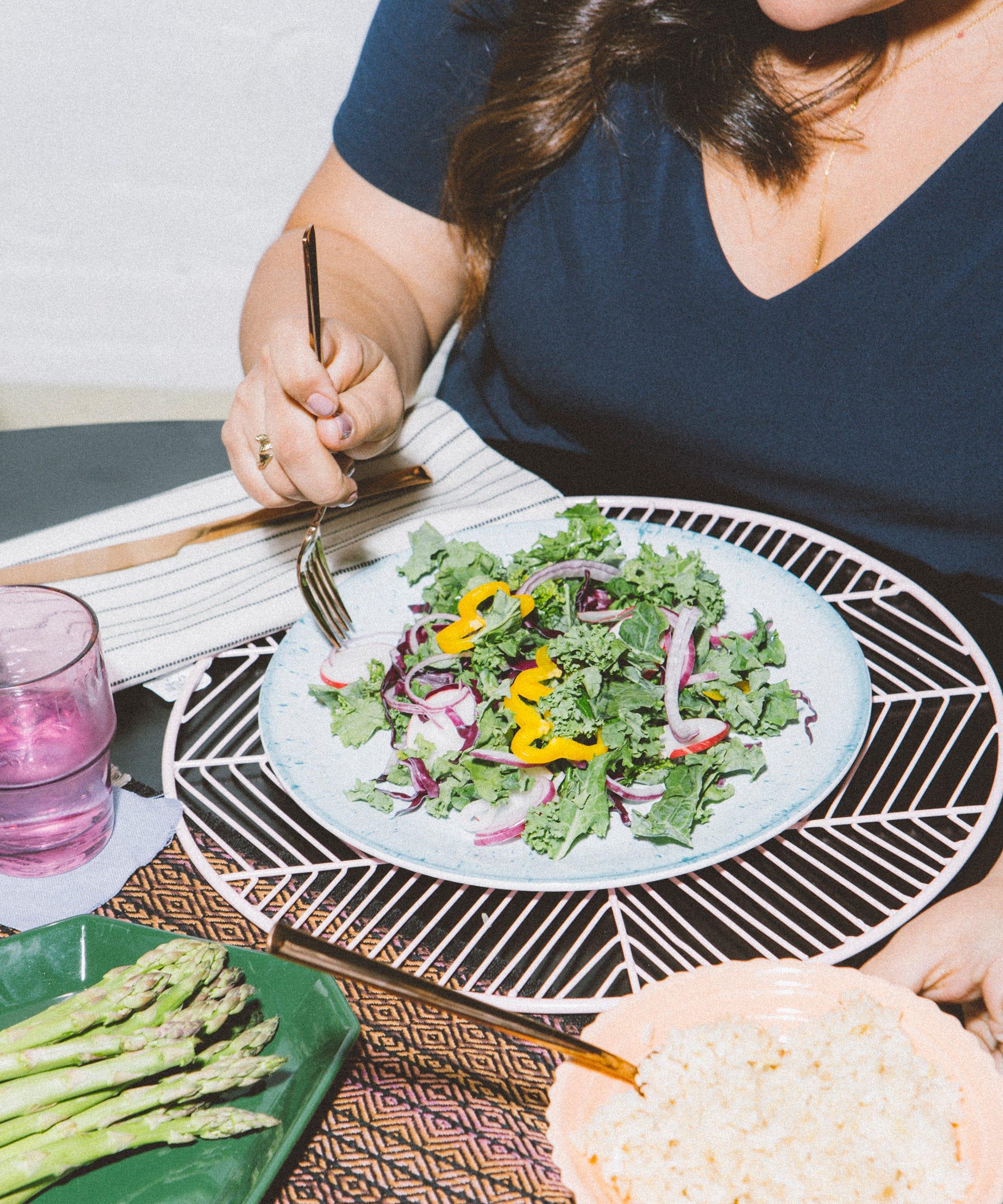 Diät durch Ernährungsberater, um Gewicht zu verlieren