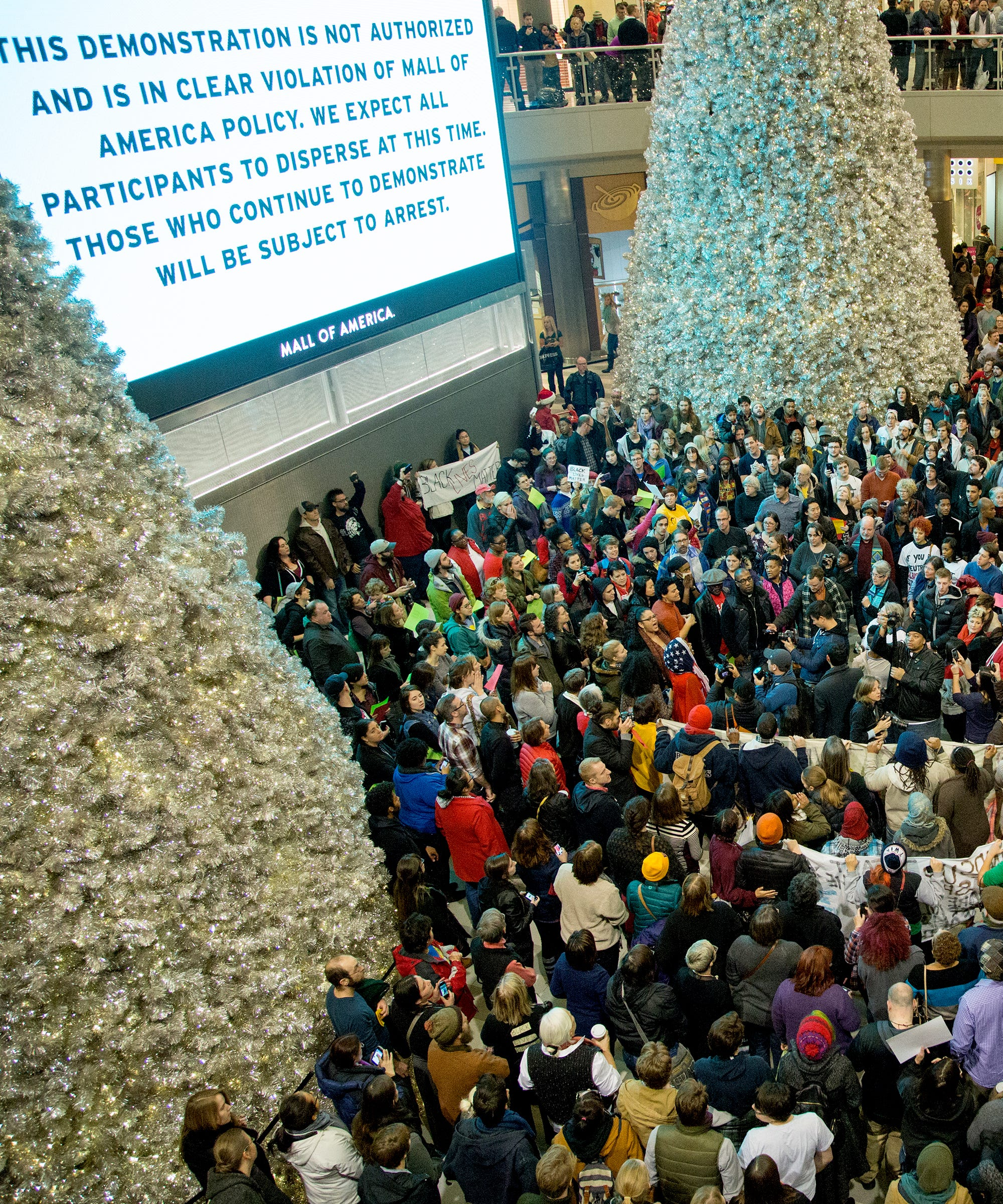 Mall Of America Christmas 2020 Muslims Death Of Shopping Malls   Mall Of America Popularity
