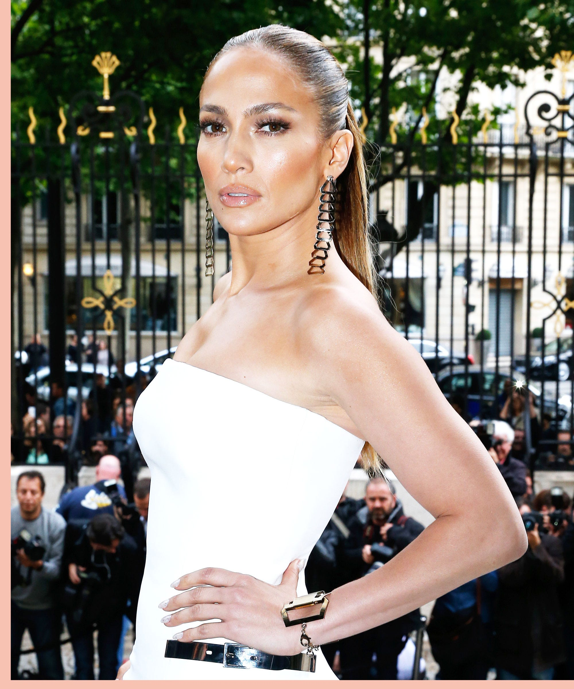 J.Lo's Pearl Manicure Is One You'll Want To Copy This Summer