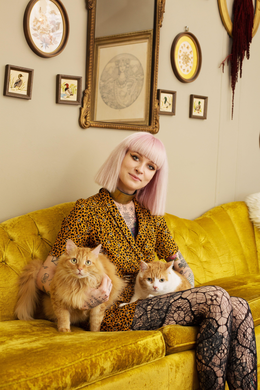 Von wegen Crazy Cat Lady! Diese Fotos zeigen, wie cool Katzenbesitzerinnen sind