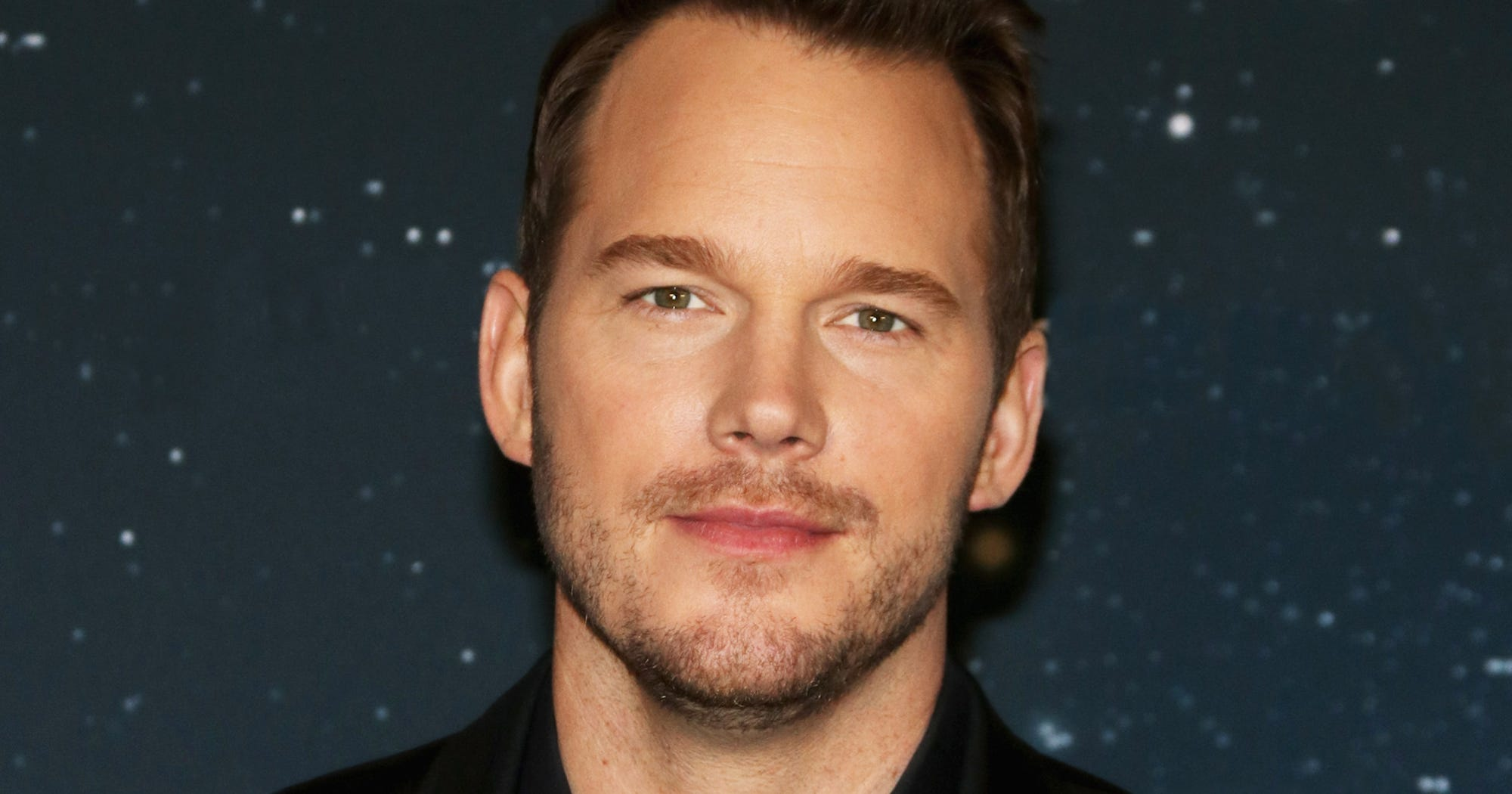"Chris Pratt Warns About ""Pervy Dude"" Pretending To Be Him"