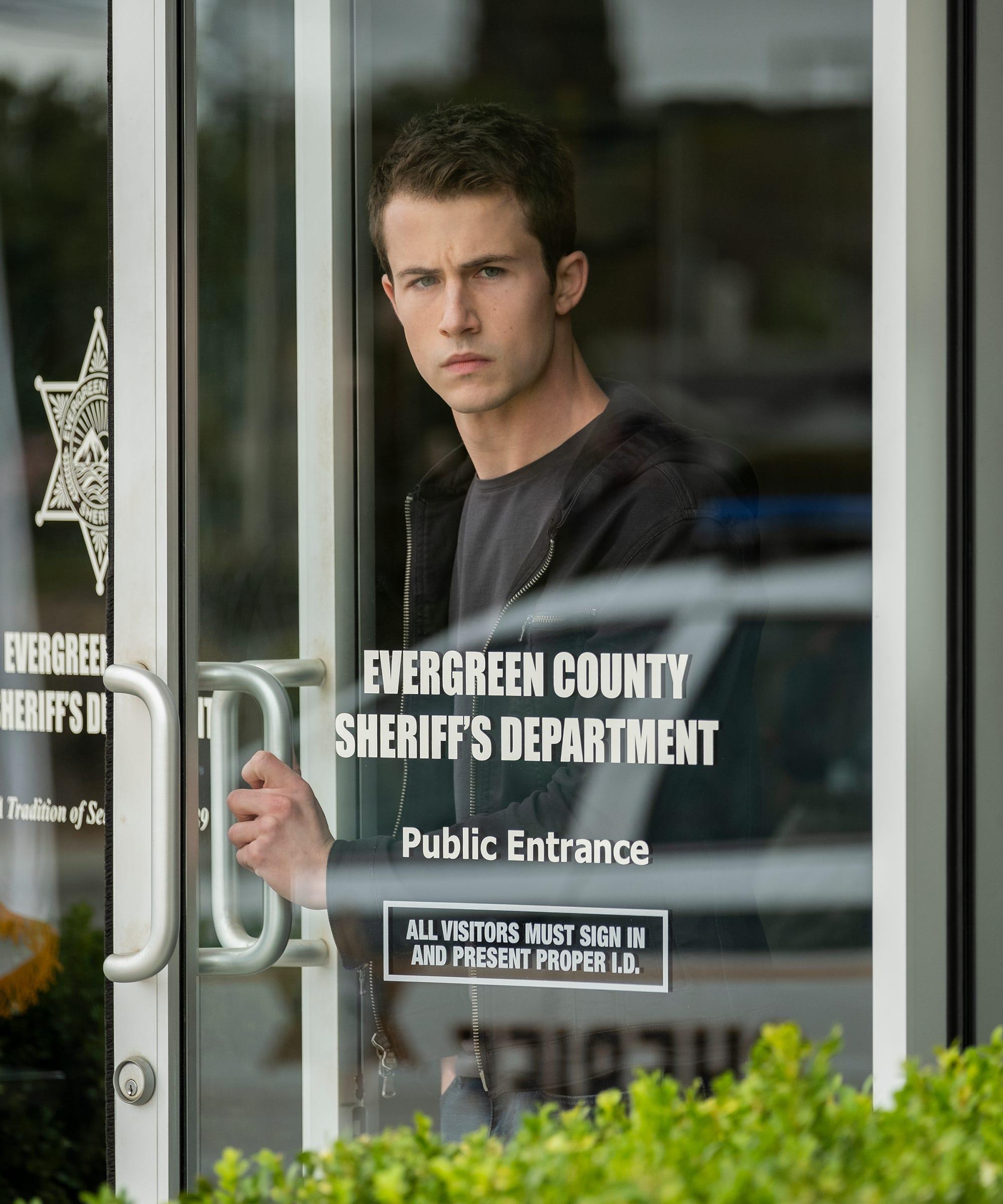 Alisha Boe Desnuda 13 reasons why season 3 trailer murder mystery bryce