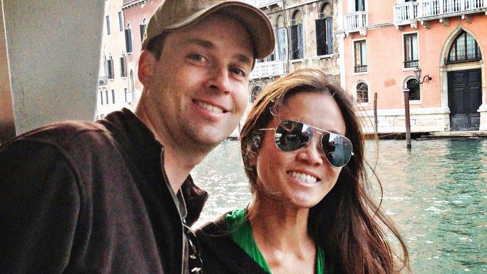 Dr Pimple Popper Husband On Life Work With Sandra Lee