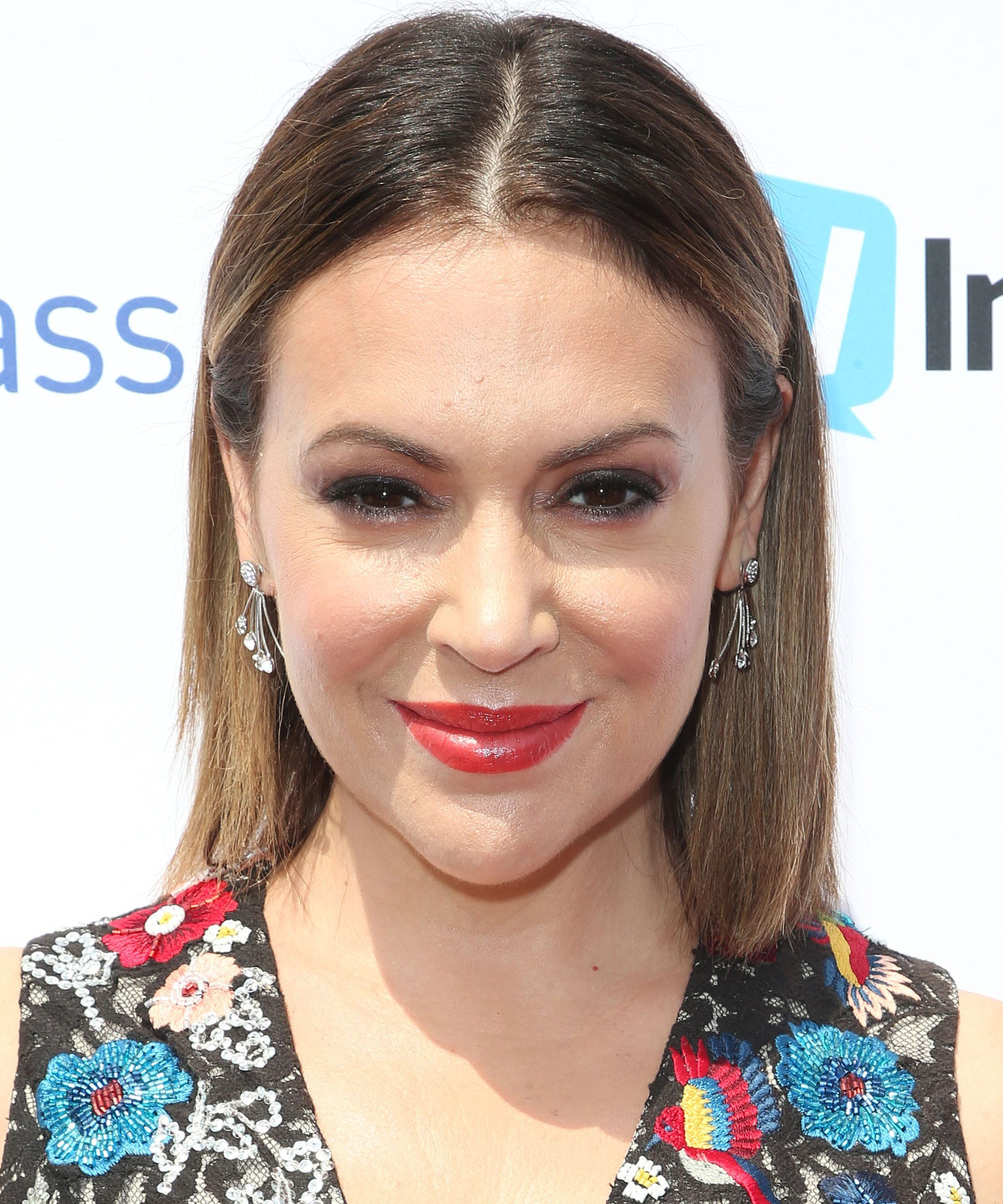 Alyssa Milano Minnie Driver Address Matt Damon Comments