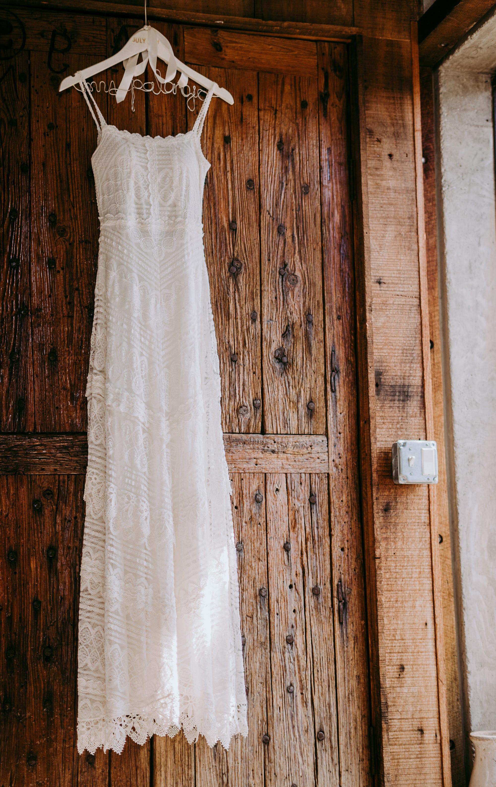 Where To Find The Best Secondhand Wedding Dresses