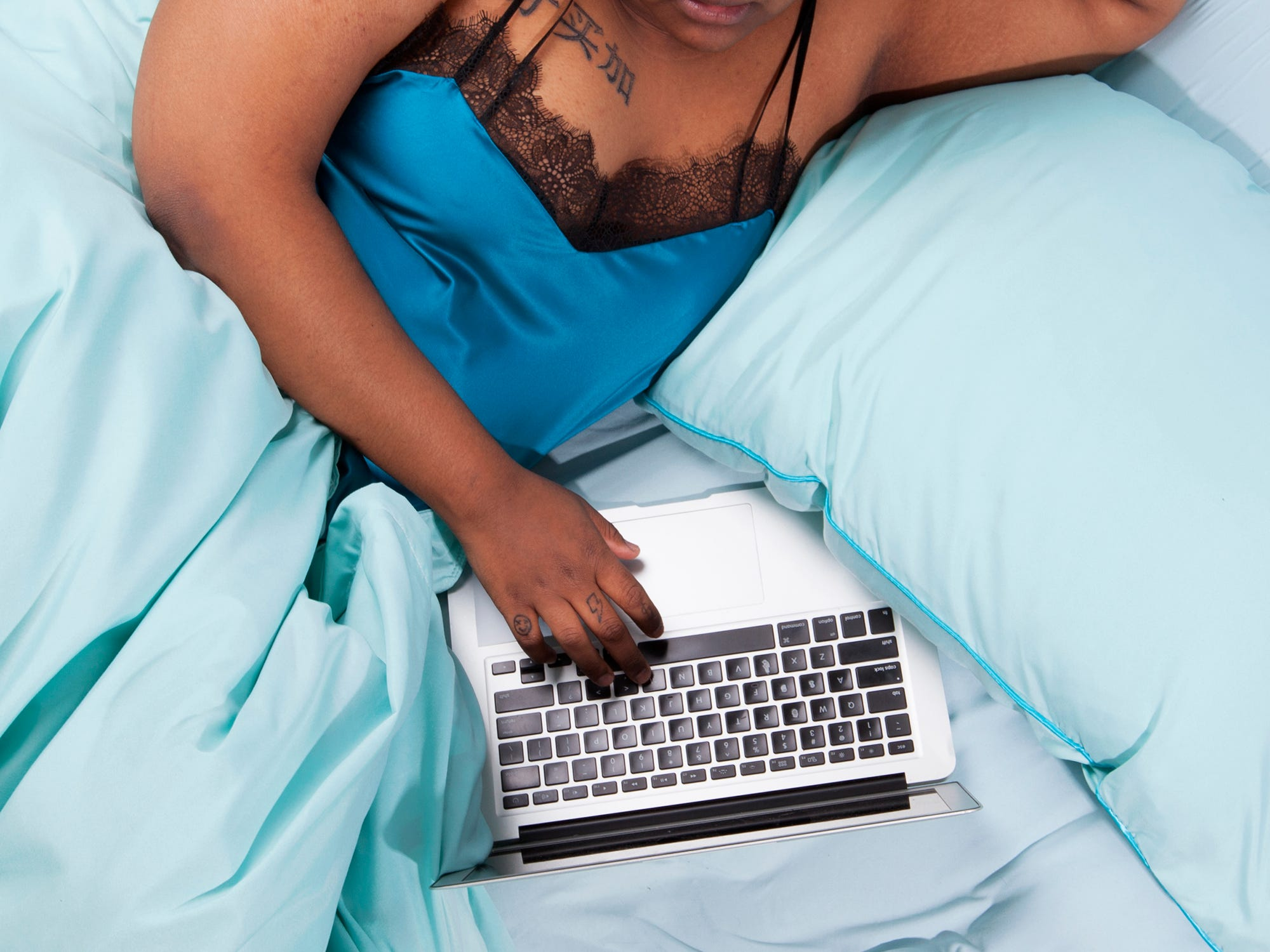 Ebony Shemales Fuck Each Other