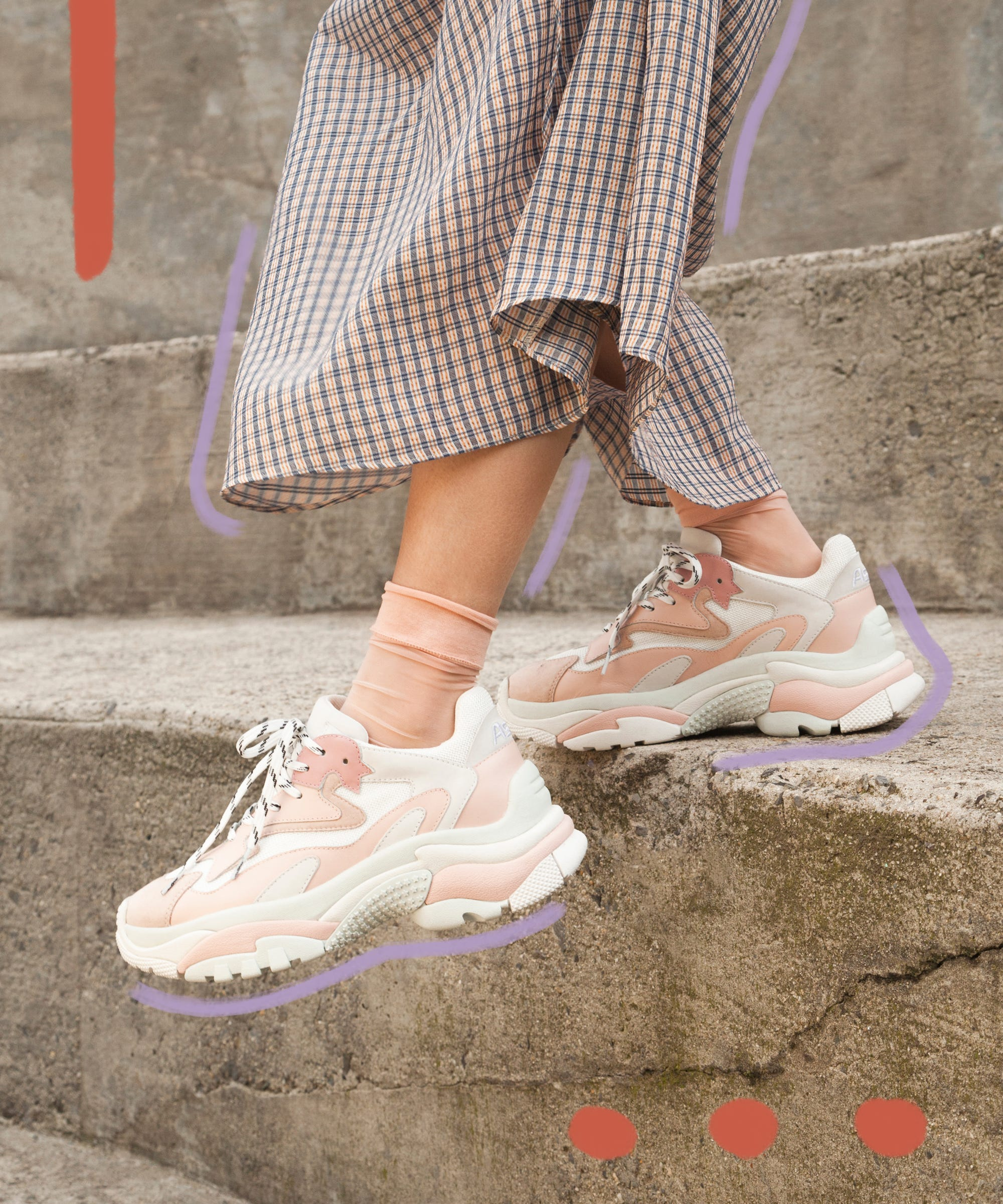 How To Wear Athletic Ugly Chunky Sneakers Spring Trend