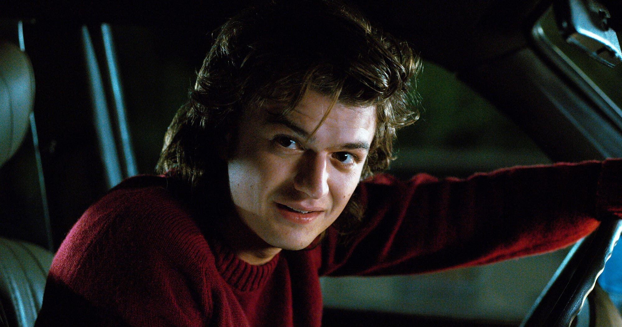steve harrington hair routine stranger things 2 farrah