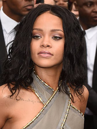 cliff dixon dating rihanna Thejasminebrandcom received an exclusive tip about reality star india love cliff dixon, are faking their he was rumored to be dating singer rihanna.