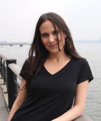 Sarah bogen single