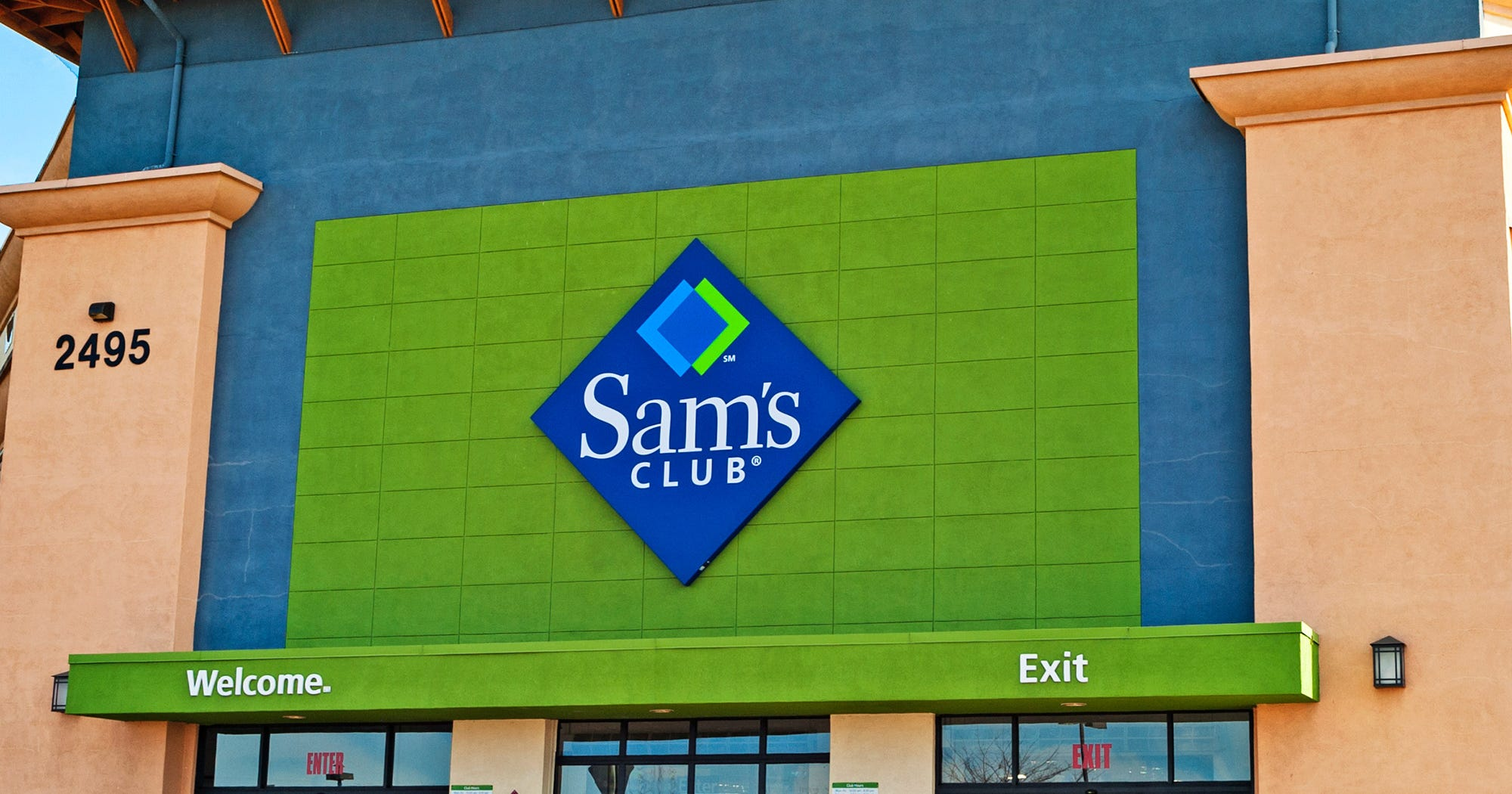 This is a graphic of Refreshing Sam's Club Private Label