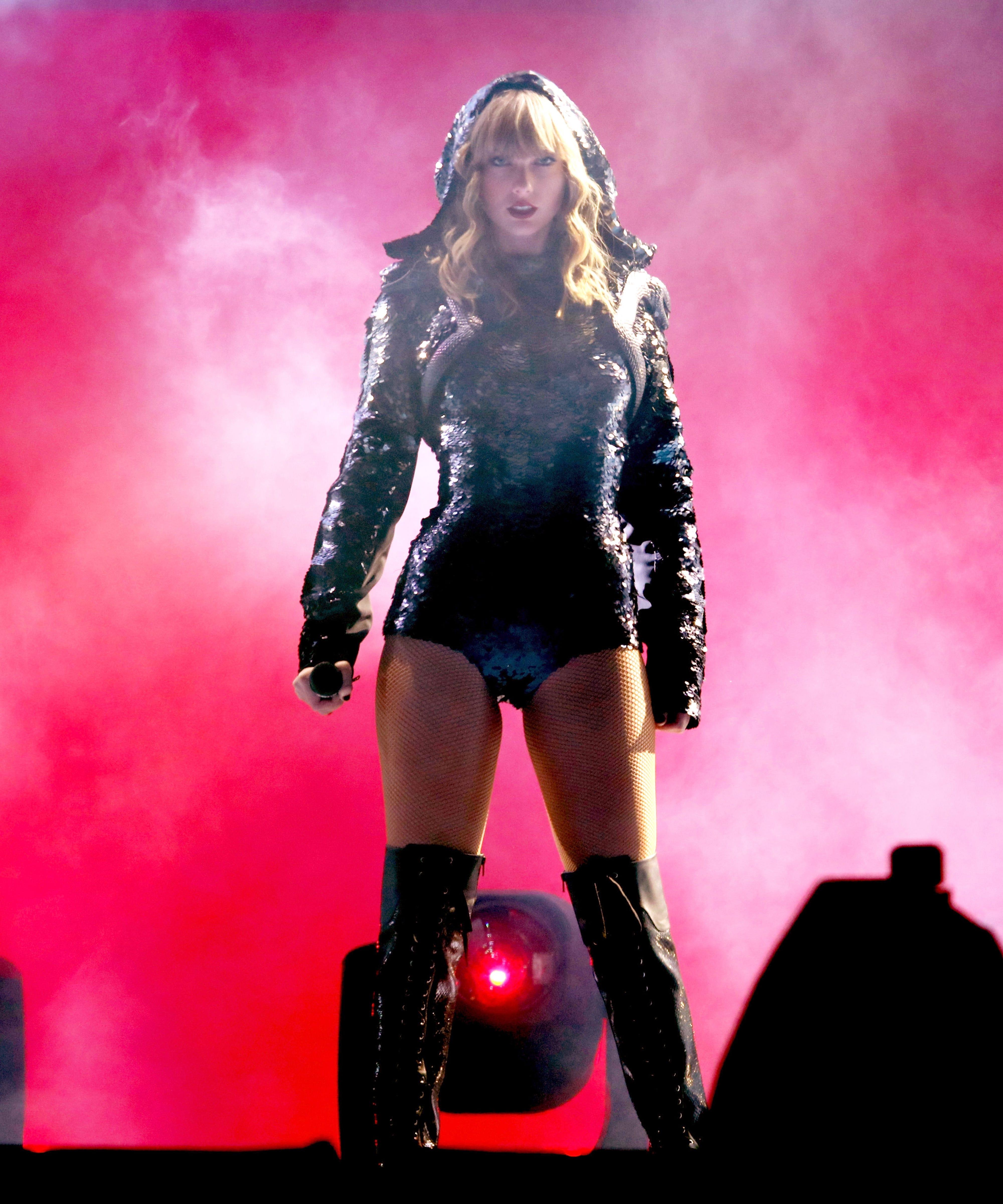 Taylor Swift Reputation Stadium Tour Rose Bowl Recap