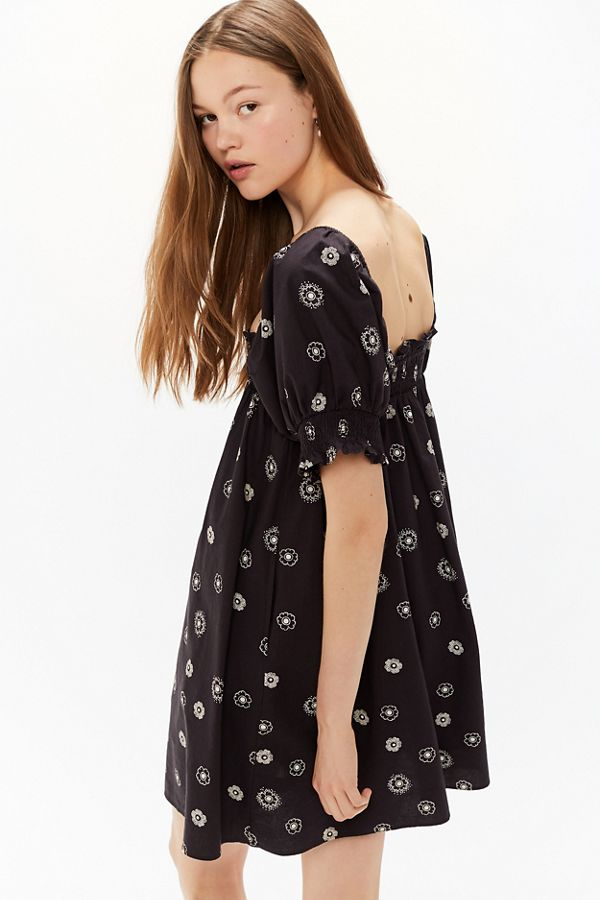 7bd78545e8a8 Urban Outfitters + Tally Tiered Floral Maxi Dress