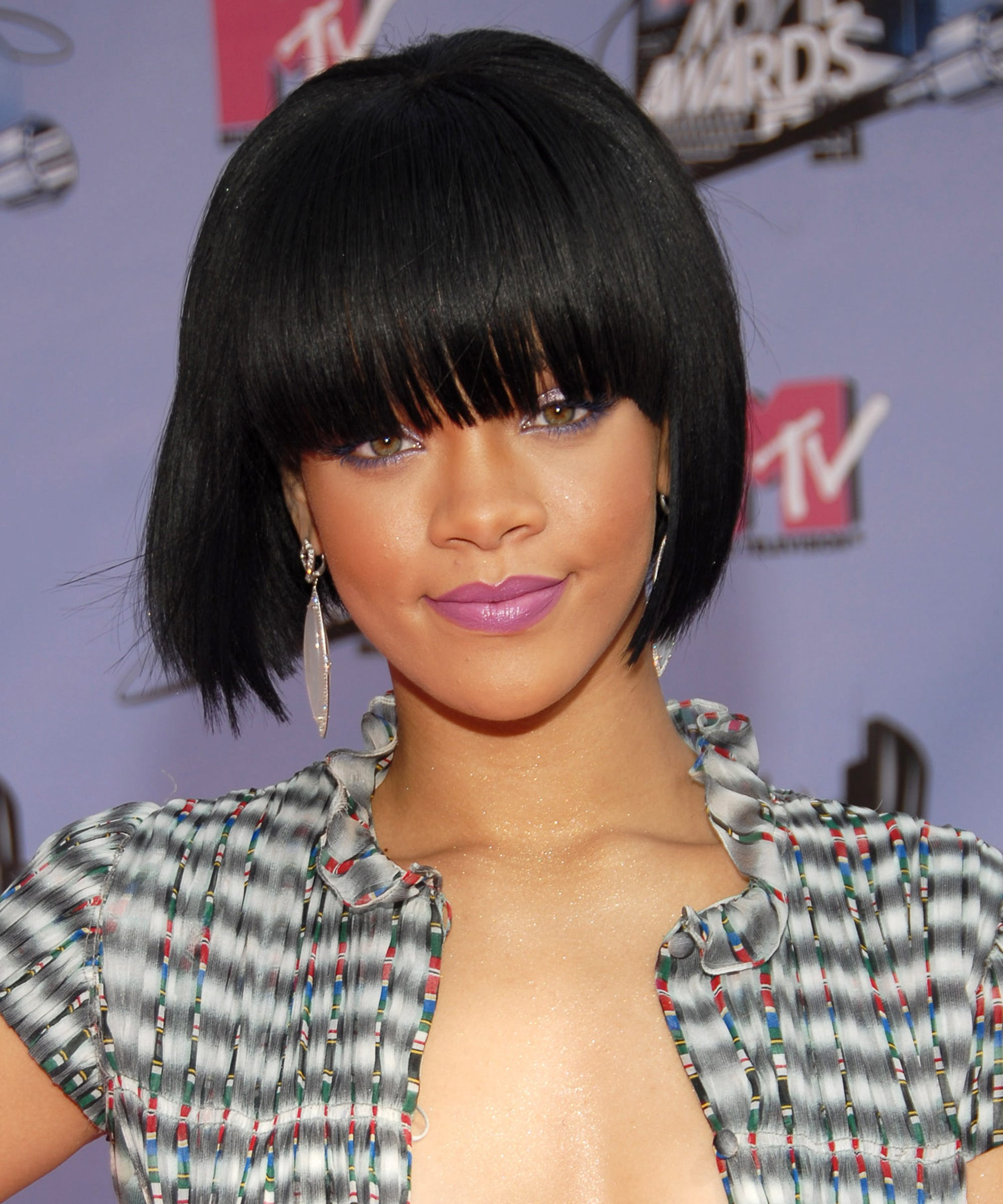 hair bangs style rihanna birthday best hairstyles the years 3152 | image
