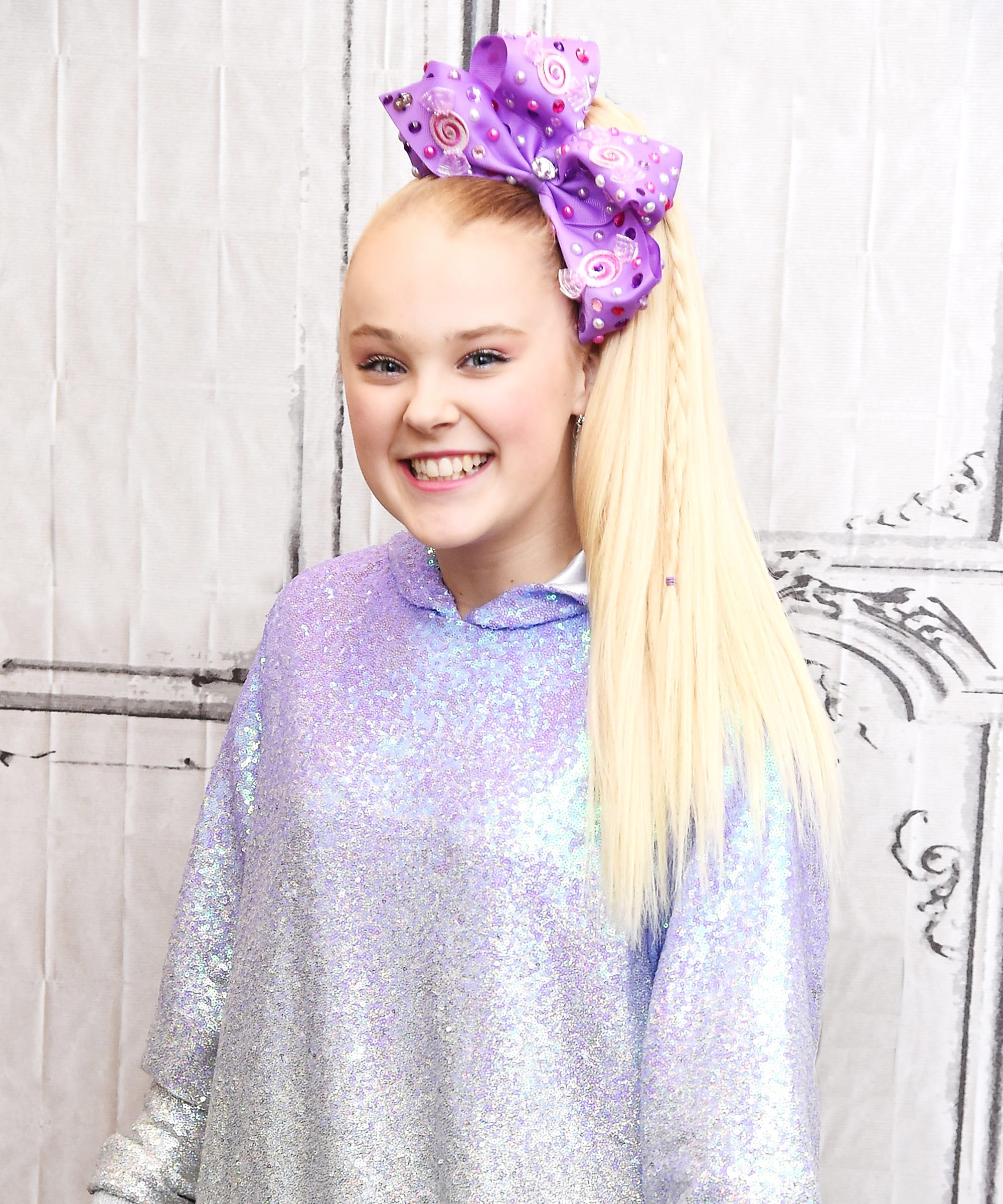 JoJo Siwa Speaks Out After Makeup Recall For Asbestos