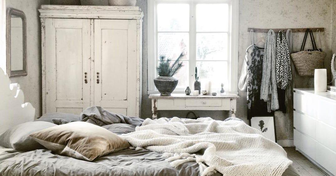Cozy winter room decor instagram pictures for Decor 67 instagram
