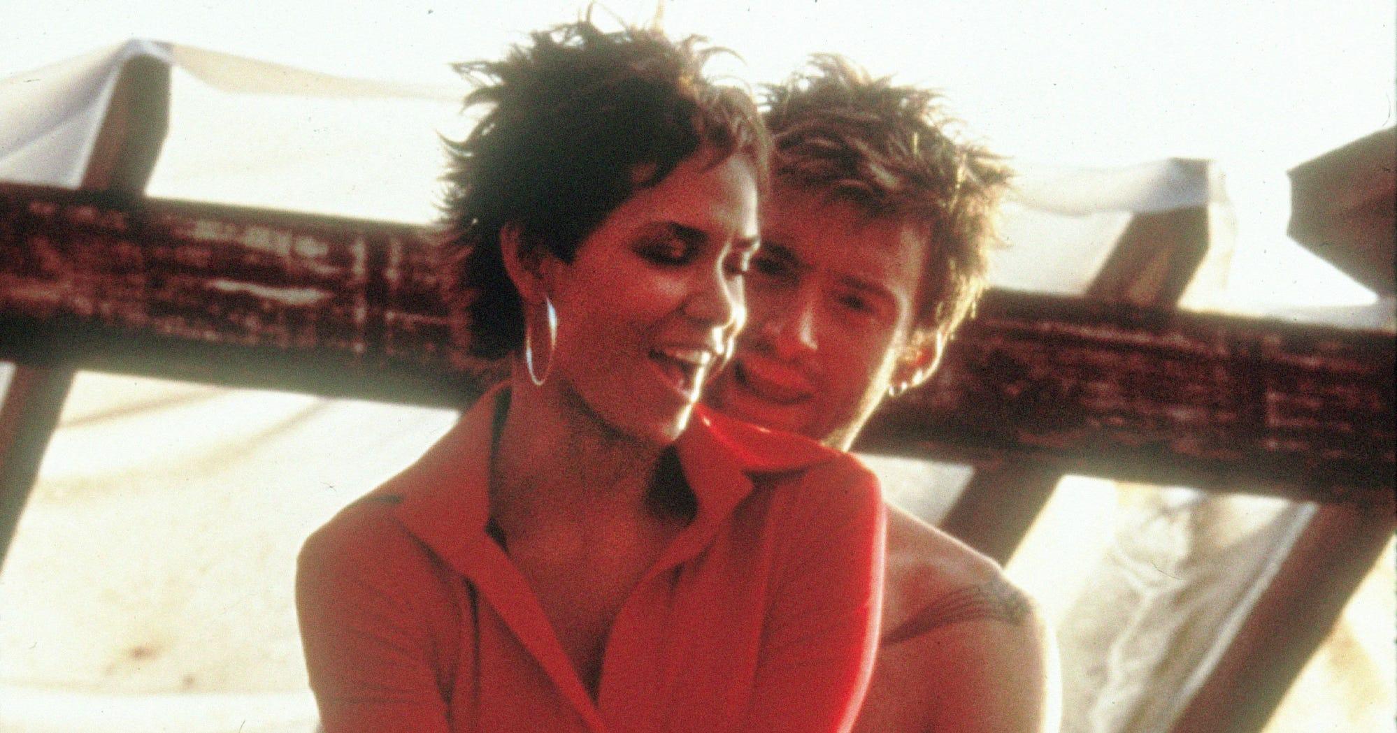 Nude Movie Scenes That Werent Needed-9629