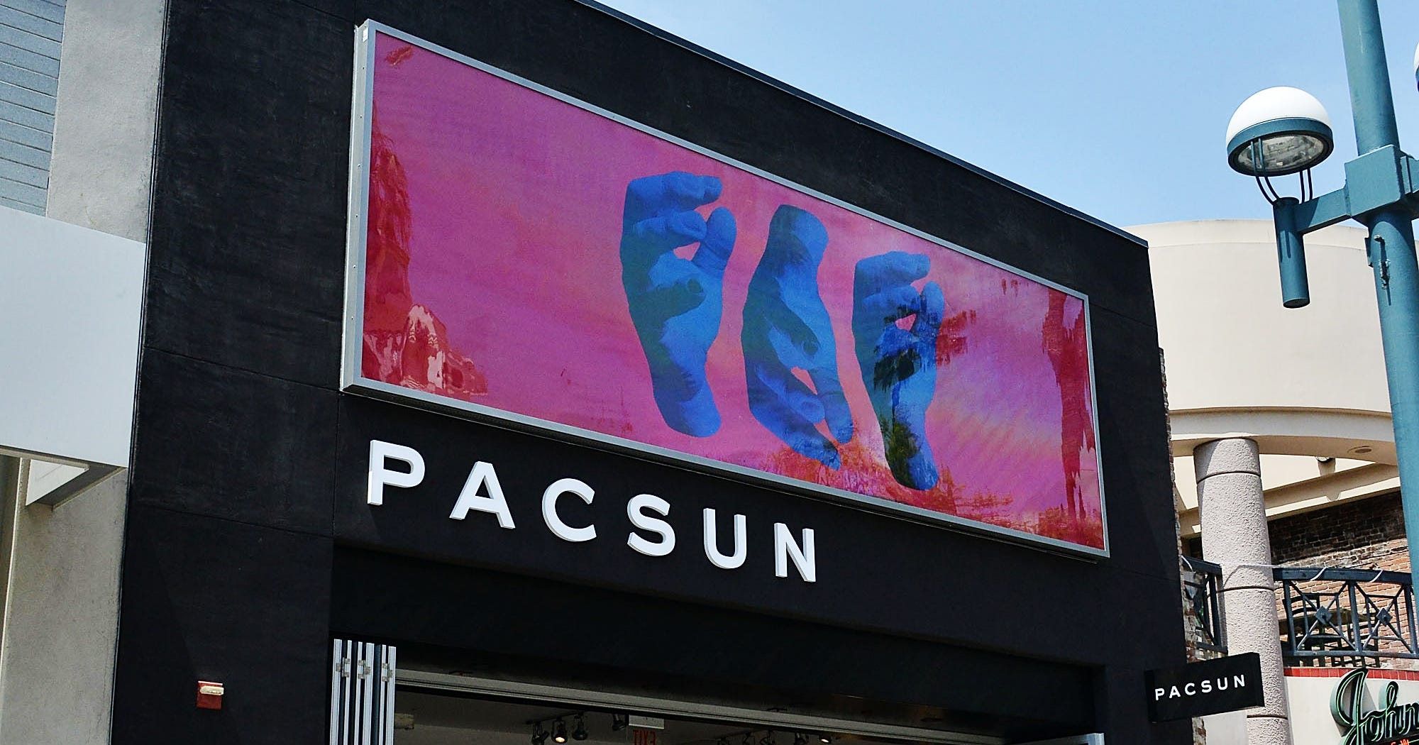 pacsun bankruptcy chapter 11 losses  california