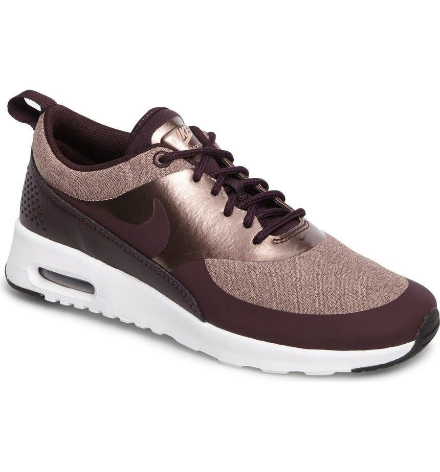 Meloso vertical Sumamente elegante  Nike + Air Max Thea Knit Sneaker